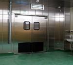 A. オールステンレスの出荷準備室